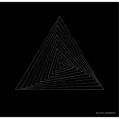 Ryuichi Sakamoto「THREE」ハンカチ(黒)