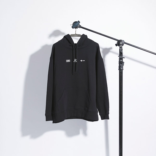 PULLOVER HOODIE<br>(S/M/L)